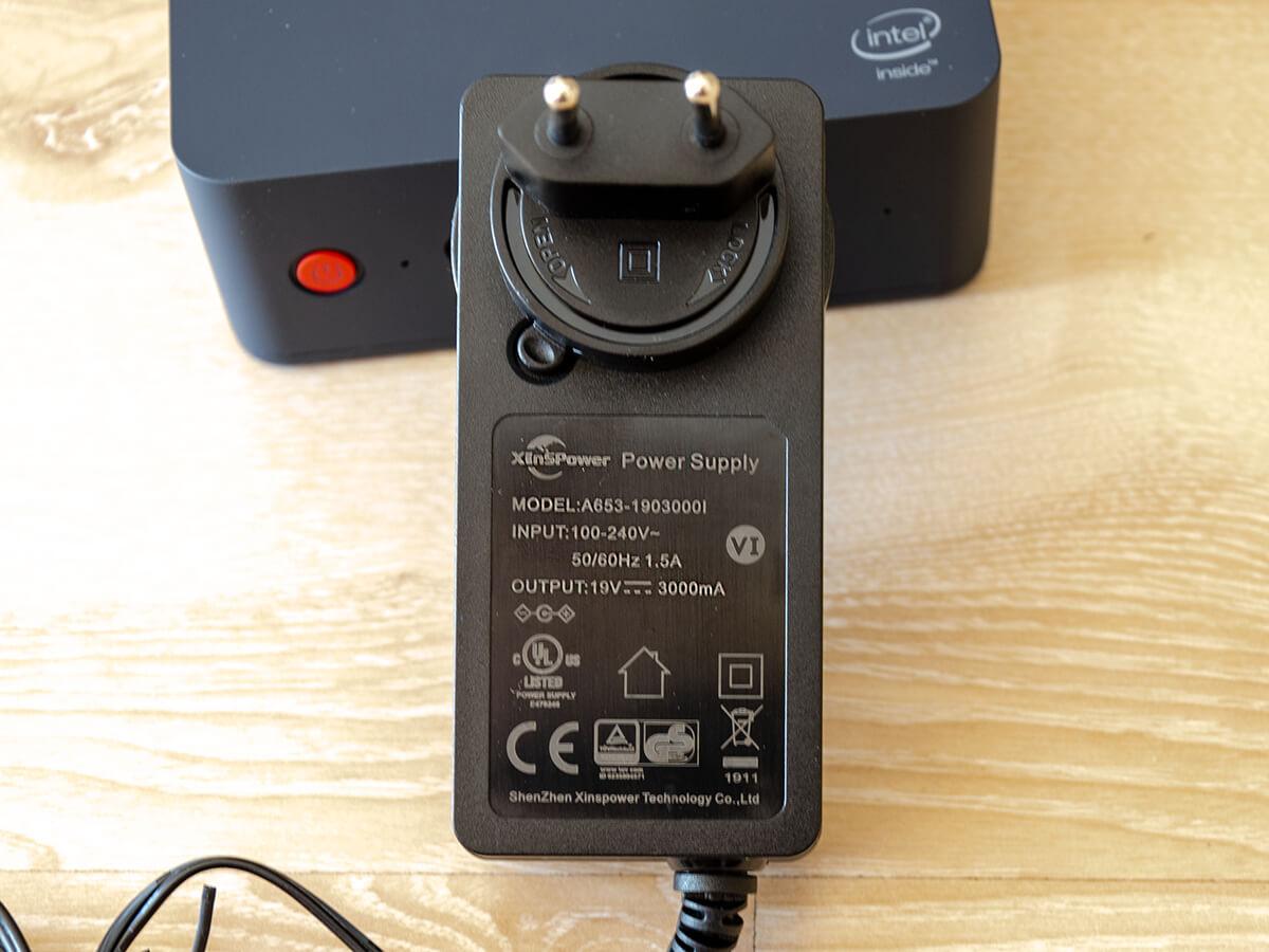 Beelink-L55-mini-PC-charger