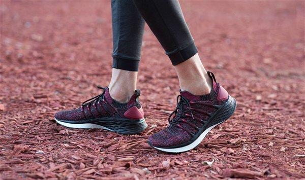 Xiaomi launches the MIJIA Sports Shoes 3 2